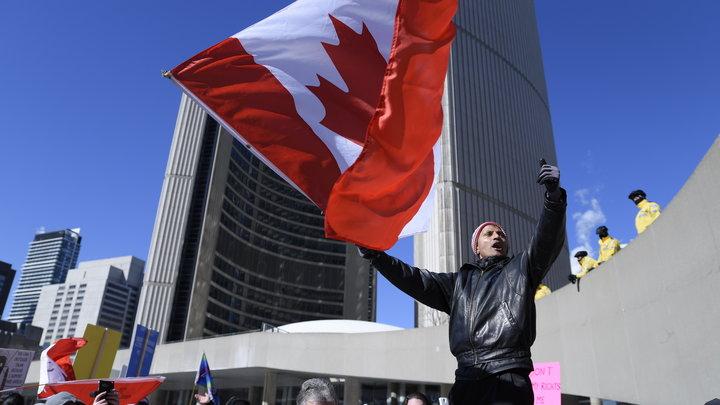 Канада на лезвии ножа: 7 человек пострадали в ходе атаки неизвестных в Торонто