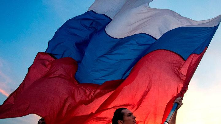 Либералы в бешенстве от соцопросов: Россия поворачивается к традиции
