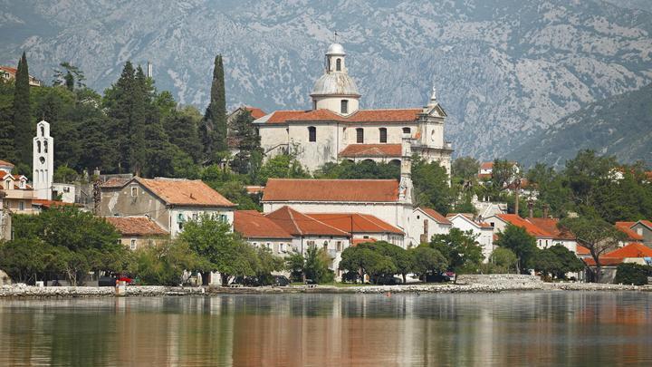 Победа без братской крови: Протесты верующих в Черногории дают результат, уверен владыка Иоанникий