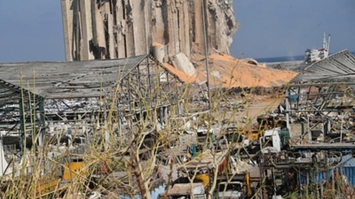 Урок не усвоен? В порту Бейрута прогремел новый мощный взрыв