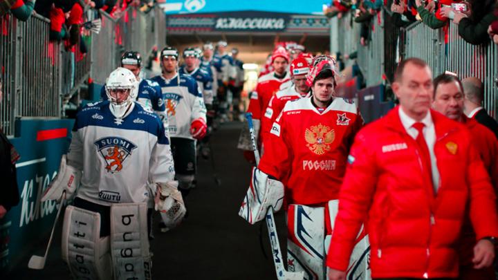 Россия - Финляндия: Хоккейный аншлаг на футбольном стадионе