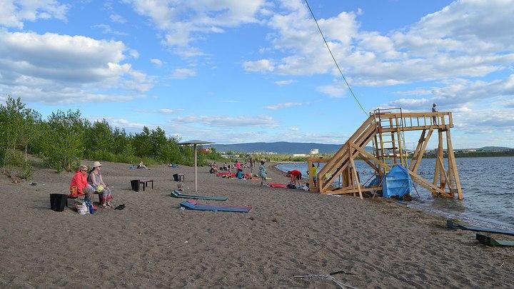 На озере Кенон открылся городской пляж