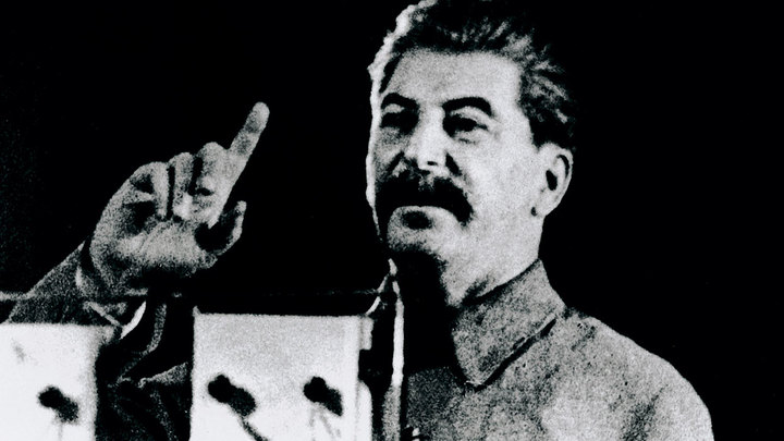 Один день в истории: Обращение Сталина к народу после начала Великой Отечественной войны