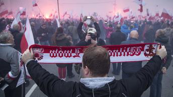 В центре Варшавы на митинг собрались 100 тысяч националистов