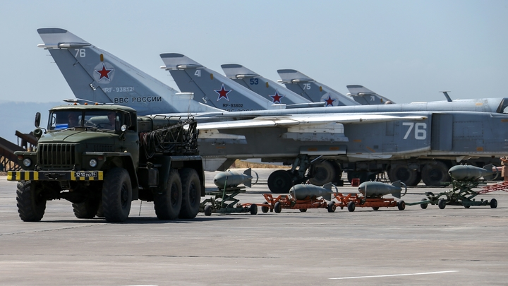 В Сирии разбился русский Ан-26: 26 пассажиров погибли - онлайн-трансляция