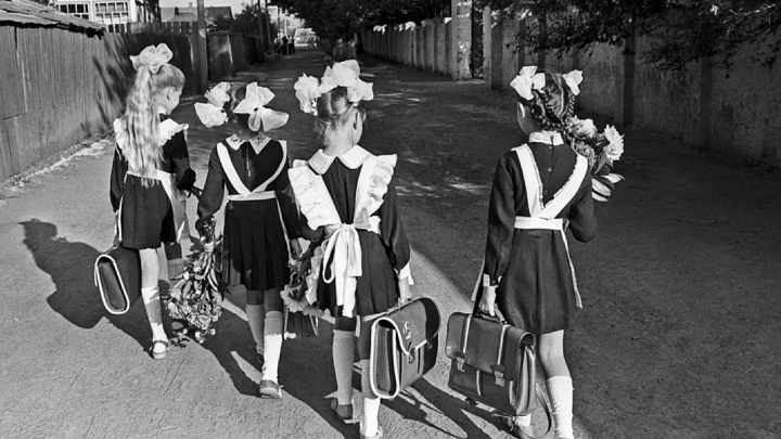 Топ-5 нельзя: Иностранцам рассказали о суровой дисциплине в советских школах