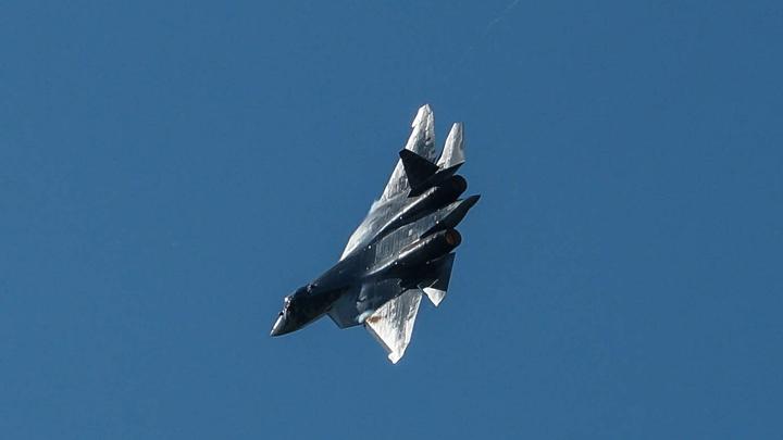 Быстрее, маневреннее, незаметнее: У русских истребителей шестого поколения заберут пилотов