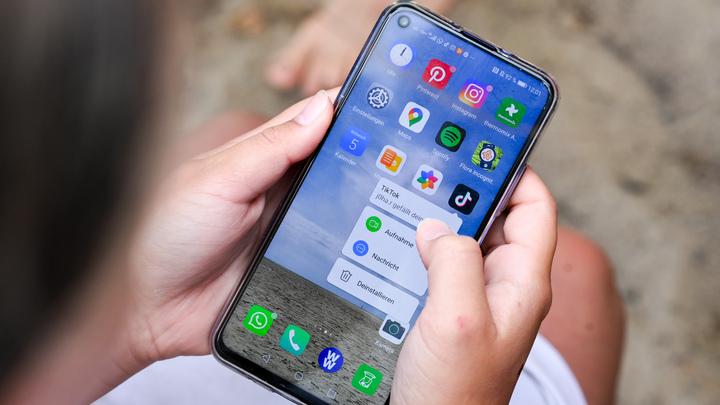 От виджетов до записи экрана. Владельцам смартфонов на iOS и Android готовят масштабное обновление