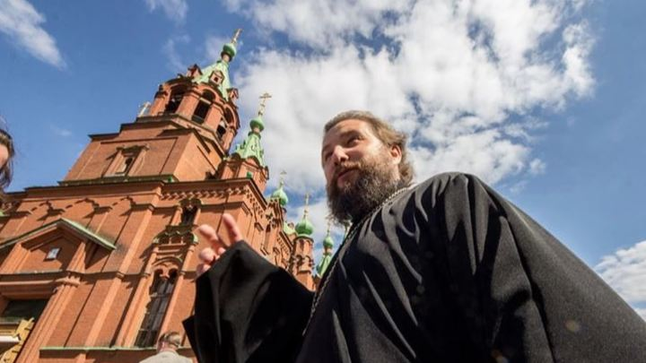 Настоятель храма объяснил: как и зачем в Челябинске отметили Пасху