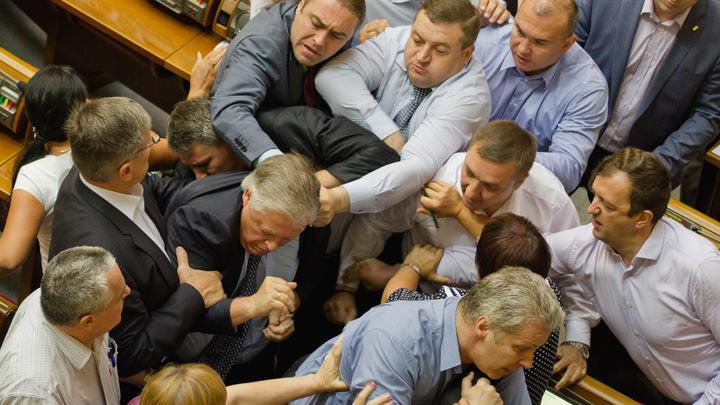 В Раду - через психиатра: Кандидатов в депутаты Украины могут обязать проходить осмотр у специалистов