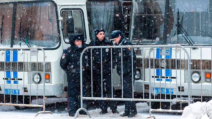 Жёсткие проверки на «Садоводе» и в ТЦ «Москва»: Хорошо, но мало