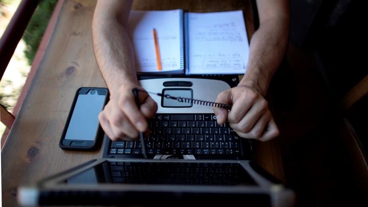 Переход к трёхдневной рабочей неделе? В Госдуме назвали закон об удалёнке запоздалым