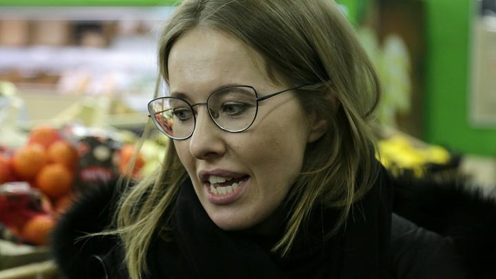 Пока вирусная пневмония...: Собчак рассказала, как её мама оказалась в Коммунарке