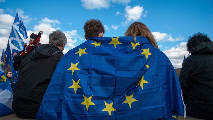 Старой Европе предложили стать кормушкой для США