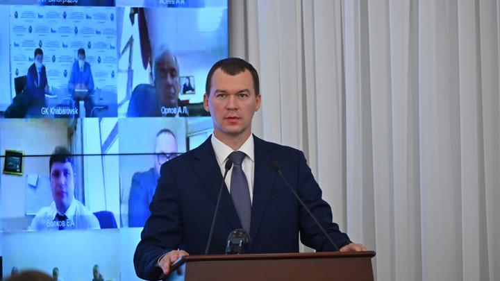 На амбразуры: Бурлящий Хабаровск встретил нового главу региона