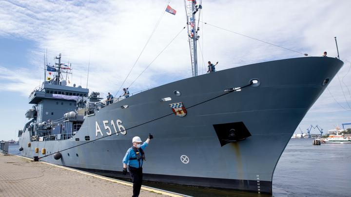 Циничная пропаганда: НАТО тратит на армию в 20 раз больше России