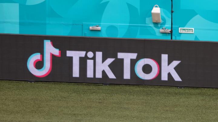 TikTok запретил BLM. Главный бренд американских погромщиков записали в язык вражды