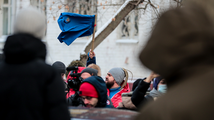 Песков раскрыл позицию Кремля по митингам за Навального: Налицо призывы