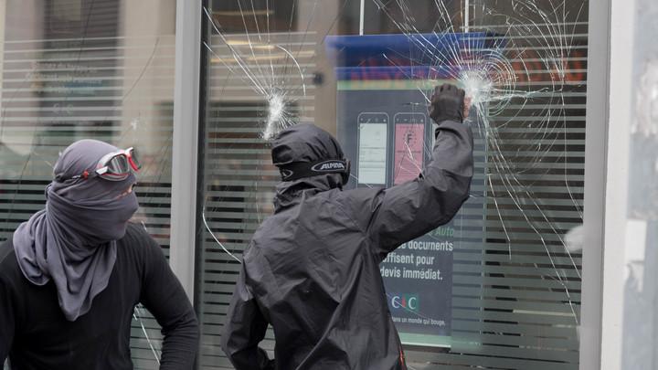 Не хотят высказаться по шествию неонацистов в Киеве?: Эксперт обратилась к западным СМИ, раскритиковавшим память о блокадном Ленинграде