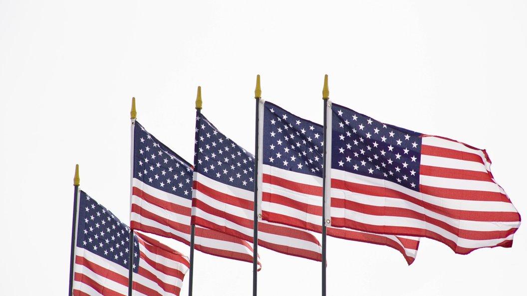 США приказали всему миру порвать КНДР
