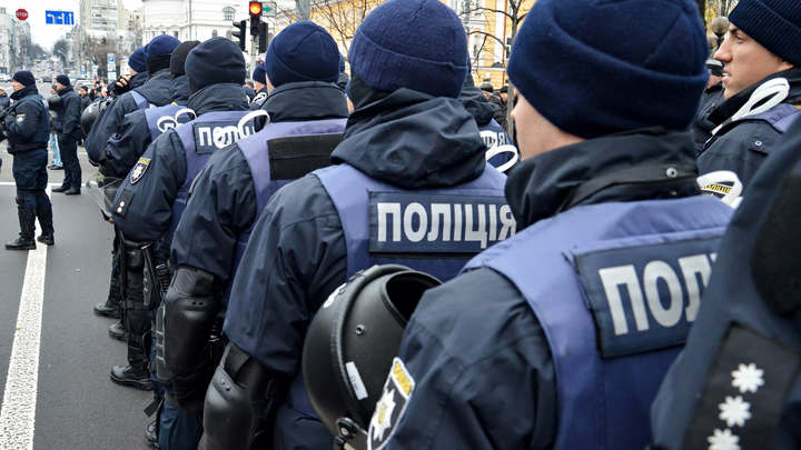Одесские радикалы облили краской забор Генконсульства России