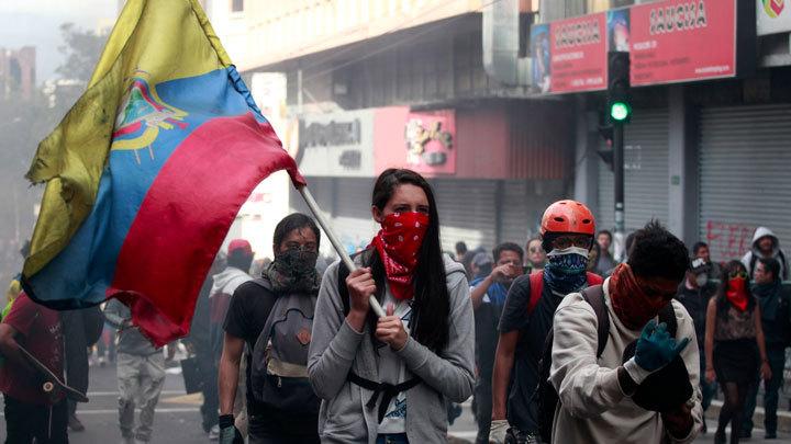 Проклятие Ассанжа. Эквадор свергает Ленина