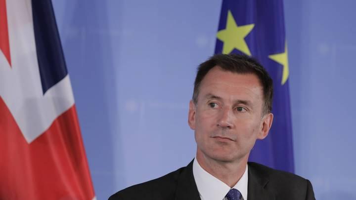 Перепутавший японцев и китайцев британский министр сделал реверанс в сторону США
