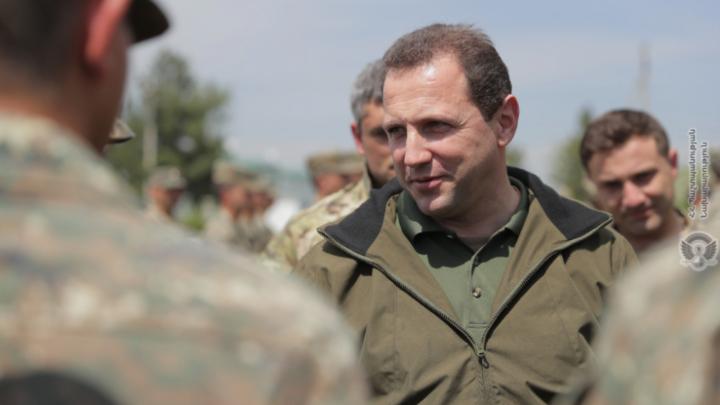 Минобороны Армении обезглавлено: Тоноян подал в отставку