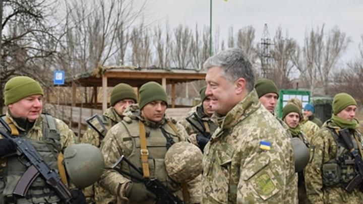 Убийства мирных жителей Донбасса стоят дороже? Порошенко пообещал украинским воякам увеличить зарплату