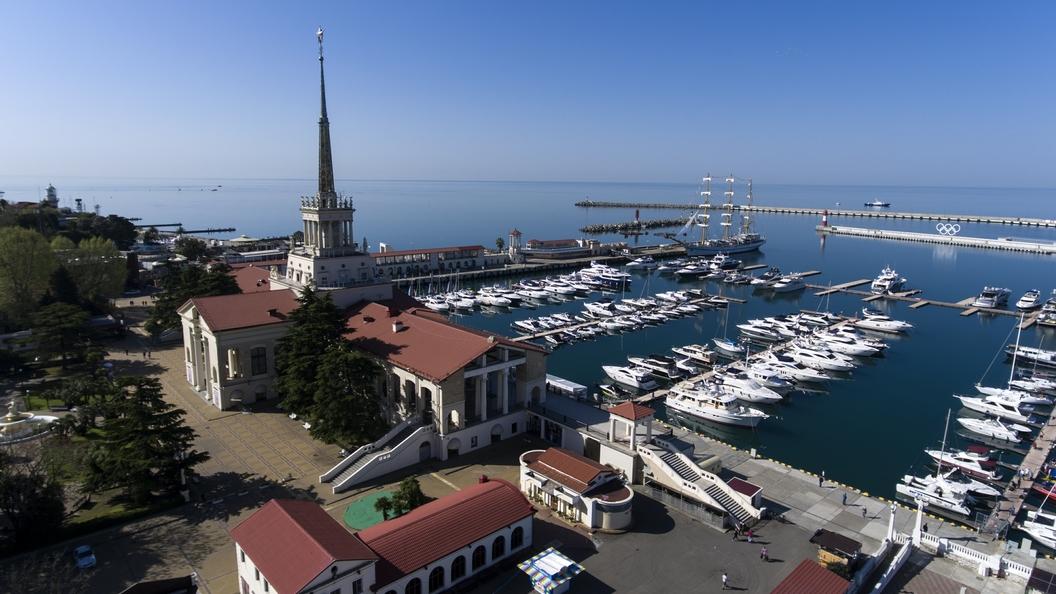 МЧС предупредило о смерчах над Черным морем в Сочи
