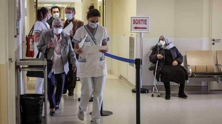 Детскую больницу в Новосибирске перепрофилируют в ковидный госпиталь