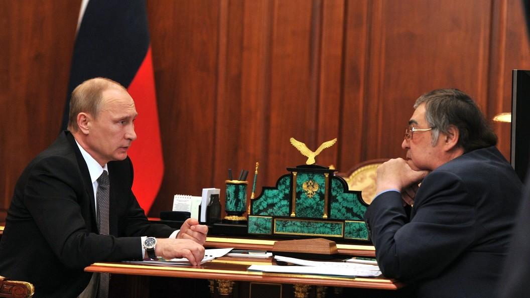 В Кремле рассказали о содержании последнего разговора Путина с губернатором Тулеевым