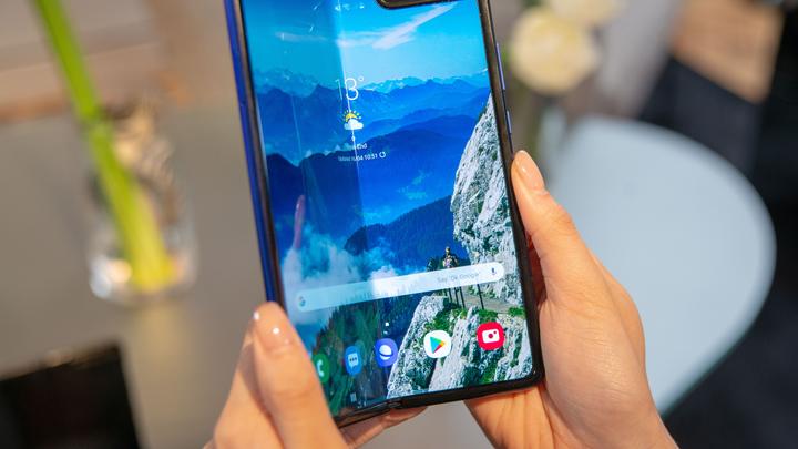 Складной Samsung Galaxy Fold оказался беззащитен перед пылью