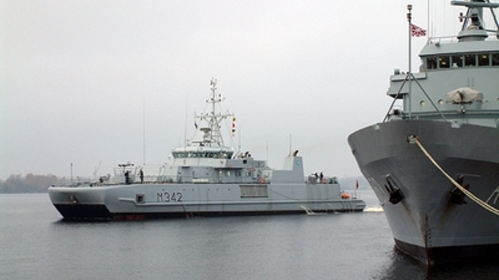 Боевые корабли НАТО усилили группировку США у берегов Сирии