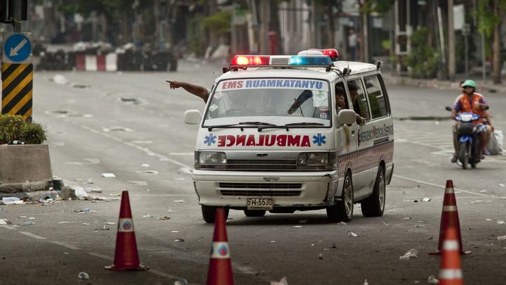 Щупальца гигантского аттракциона разлетелись на части в Таиланде