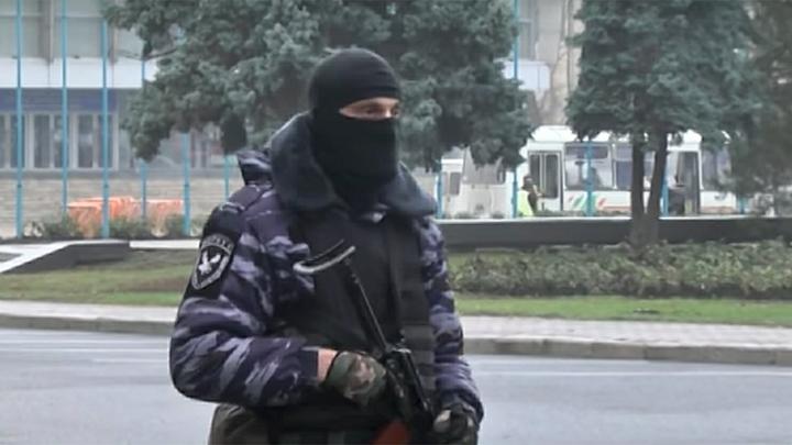 Член украинско-грузинской ОПГ сознался в провозе оружия террористам через Украину в РФ - видео
