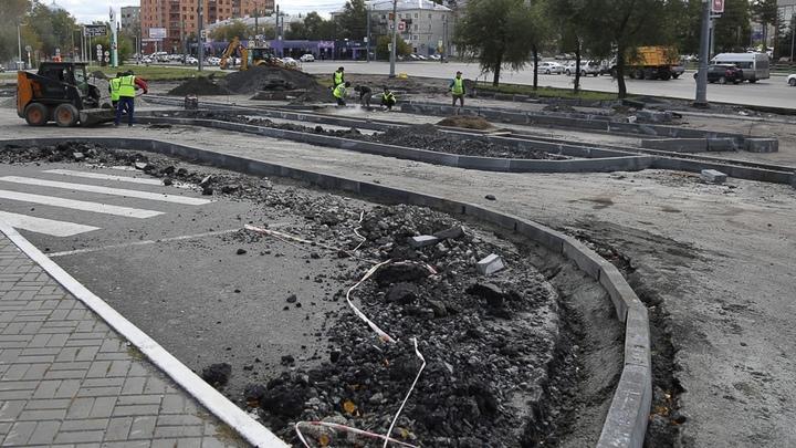 В Челябинске закрыли движение сразу на нескольких дорогах