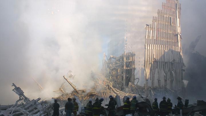 Спасатели падали от изнеможения: Врач напомнил, как теракт 9/11 объединил Америку