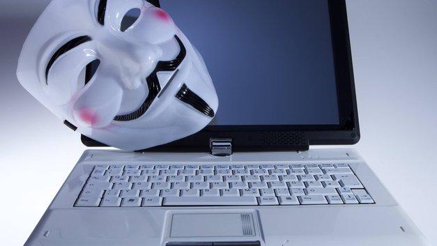 Путин подписал закон, запрещающий использование анонимайзеров
