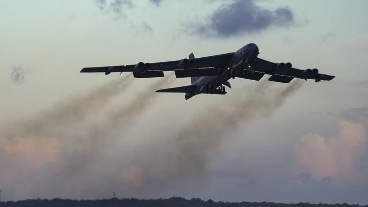 Провоцировали С-400?: Над Балтикой заметили очередной бомбардировщик B-52H ВВС США