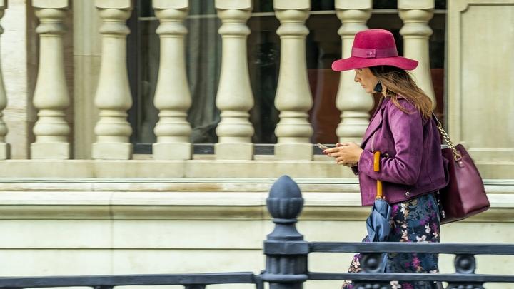 Людям приятно, они покупаются: Эксперт раскрыл причину назойливых звонков бесплатных юристов