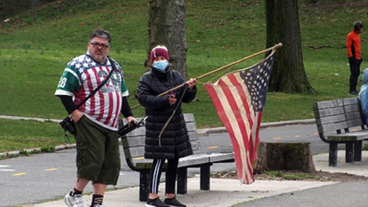 И кто теперь лидер? Коронавирус сбросил США с пьедестала пандемического рейтинга