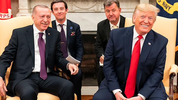 Шпагат Эрдогана: С Трампом помирился и Путину всё ещё друг