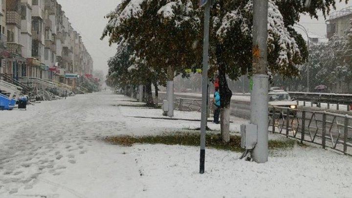 Синоптики объяснили внезапный снегопад в сентябре в Кемерове