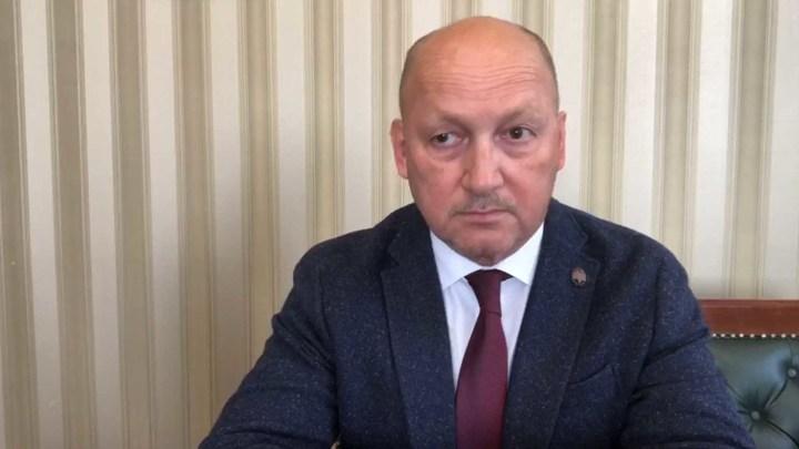 Главврач Новосибирской облбольницы рассказал, куда будут отвозить пациентов с ОРВИ и пневмонией