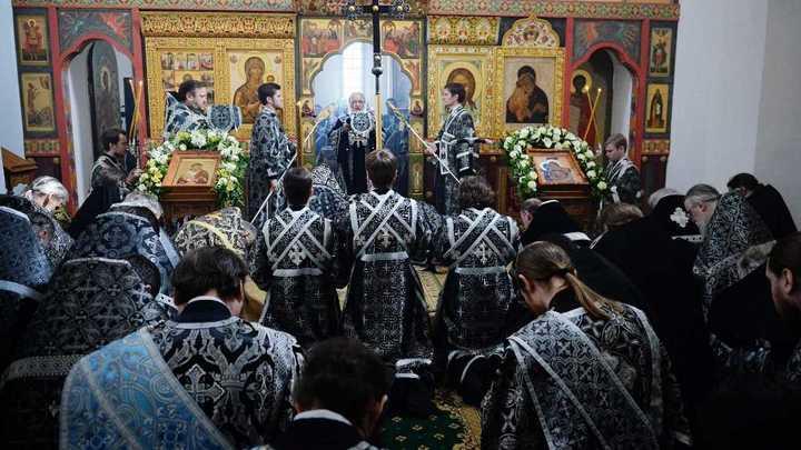 Святитель Иннокентий Херсонский: Седмица страданий Христовых - самое важное время в году