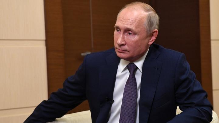 Ну и кто теперь в бункере? Путин переиграл британских конспирологов
