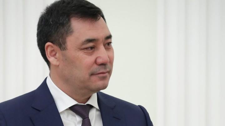 Вернули президентскую форму правления: Глава Киргизии подписал новую конституцию