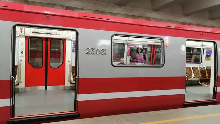 В день праздника «Алые паруса» 2021 в Петербурге метро будет работать круглосуточно