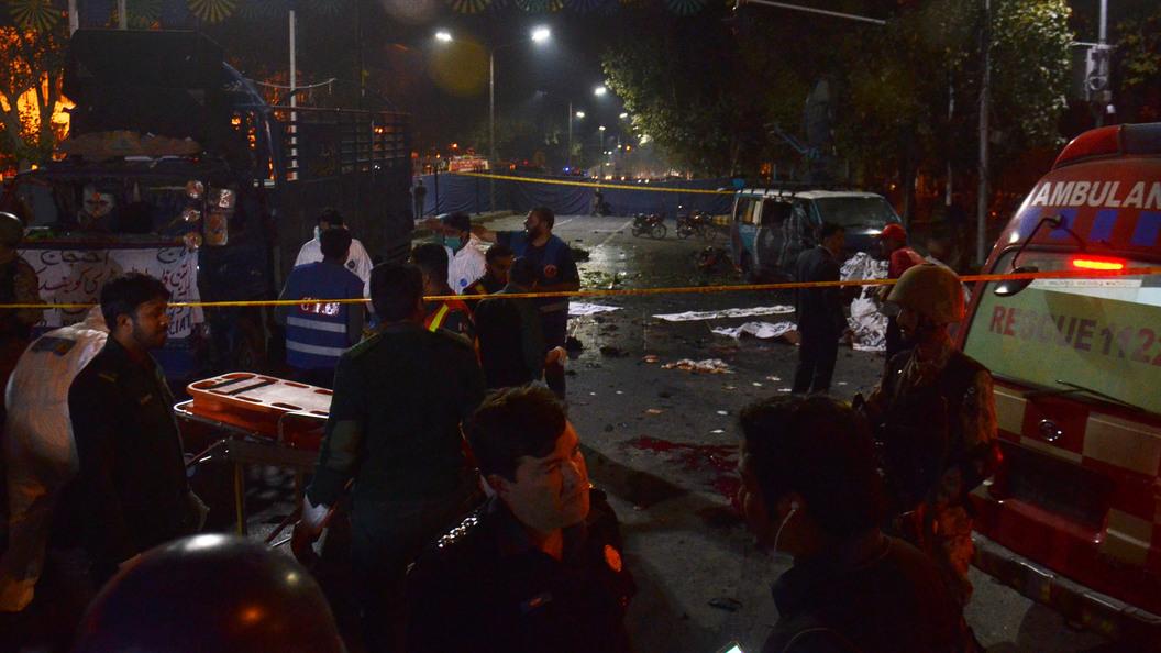 Взрыв в Пакистане: Шесть человек погибли